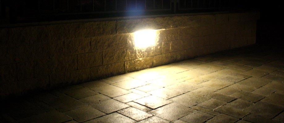 Illuminazione funzionale per vialetto d'ingresso auto